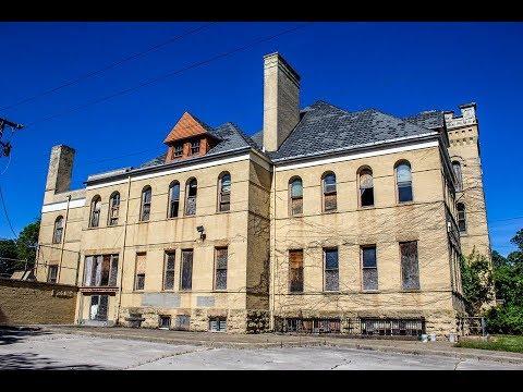 Abandoned School in Rockford ILL (Church School )