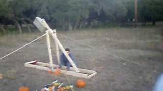 Trebuchet - 3 Small Pumpkins
