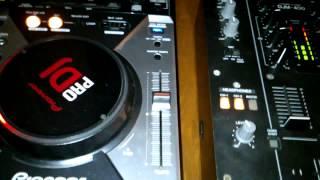 Cdj 400 pioneer con Djm 400 y Traktor scratch pro audio 6(, 2013-07-19T04:13:17.000Z)