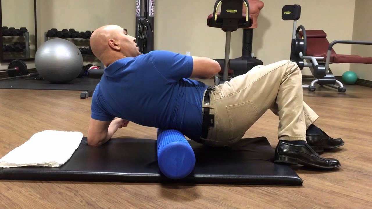 How to use a foam roller for low back trigger point pain ...