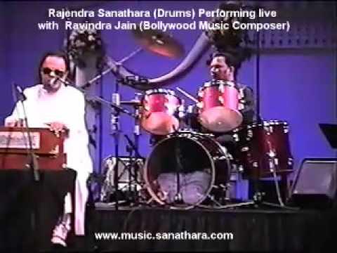 Rajendra performing with Ravindra Jain