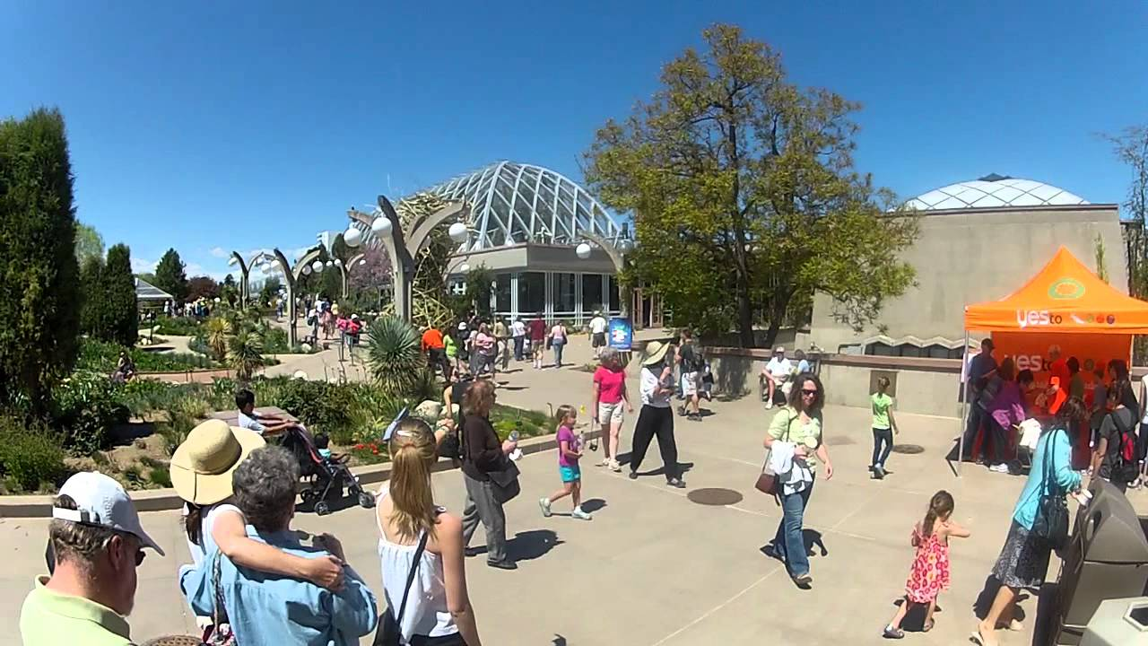 Denver botanic gardens denver free days main entrance youtube for Botanic gardens denver free days