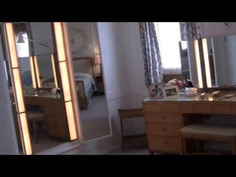 The Royal Yacht Britannia im Hafen von Edinburgh , September 2012 (comments in German language)