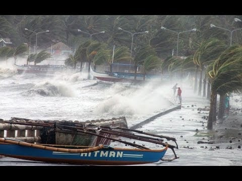 Super Typhoon Haiyan Yolanda Hits Philippines 2013