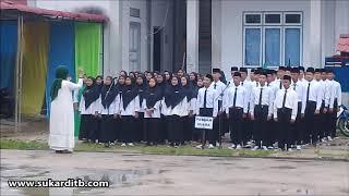 UPACARA HARI SANTRI NASIONAL KE-5 DI PONPES DARUL MA'ARIF SINTANG