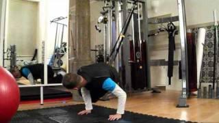 trx side crunches obliques exercise