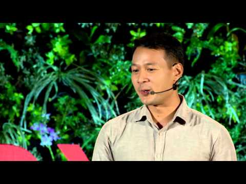 Looking Through the Lens: 3 Generations of Film Making in Myanmar | Lin Sun Oo | TEDxInyaLake