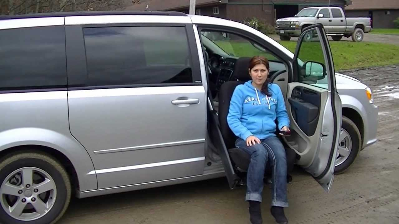 Wheelchair-Accessible Dodge Caravan/Chrysler Town & Country with Easy ...