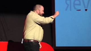 Guerrilla Public Health: Răzvan Cherecheş at TEDxEroilor