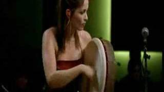 The Corrs- Toss The Feathers