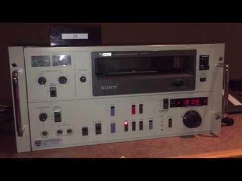 Sony Videocassette Recorder V0-5800 rewinding