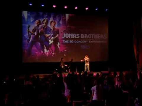 Jonas Brothers Surprise Fans