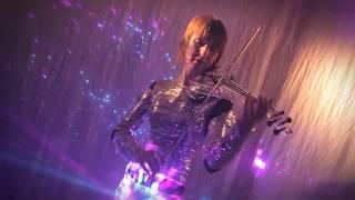 Mirror Violinist