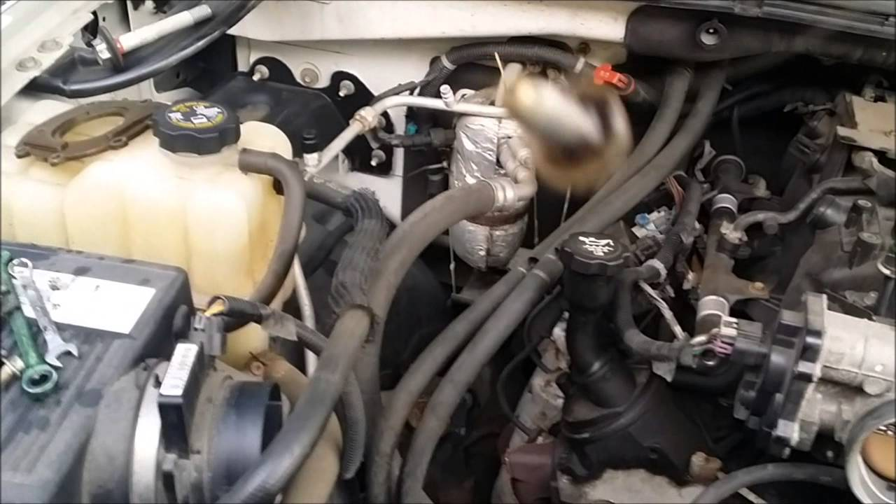 Changing the oil pump on my 2003 chevy avalanche 1500  YouTube