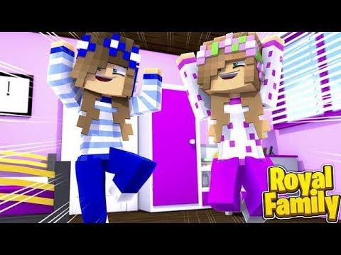 LITTLE CARLY AND LITTLE KELLY GET TO MOVE HOME?! (Minecraft Roleplay).