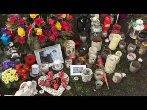 Personal Tribute to George Michael - Highgate Home - The Grave