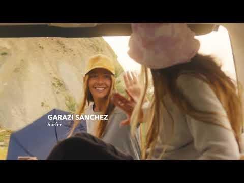 """Surfisti ed attivisti, chi sono gli ambassador di Dockers® nella nuova campagna """"Love Water More"""""""
