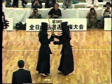 宮崎正裕(神奈川) - 前原正作(鹿児島) 1990 全日本剣道選手権大会