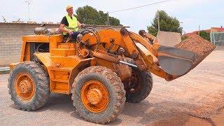 Carregador grande quebrou - Dima ajuda a consertar