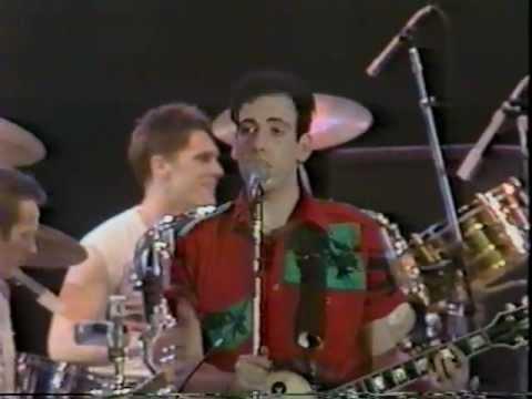 The Clash-Train In Vain[Live 1983]