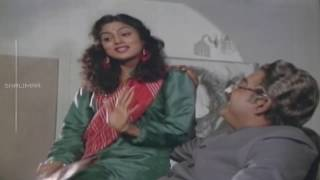 Brahma Rudrulu Movie    Prabhakar Reddy Force To Sumitra Scene     Venkatesh    Shalimarcinema