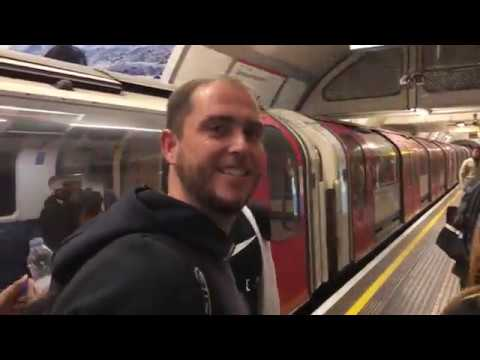 Platform preaching silences the crowd on London tube