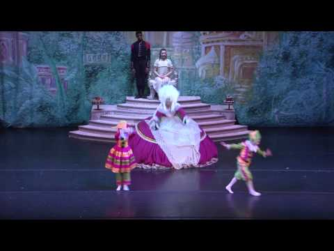 "Missouri Ballet Theater's The Nutcracker - ""Mother Ginger"""