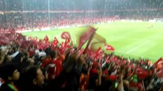 Türkiye-1 İzlanda-0 Ceddin Deden Neslin Baban