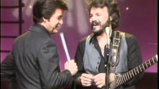 Dick Clark Interviews Tom Johnston - American Bandstand 1980