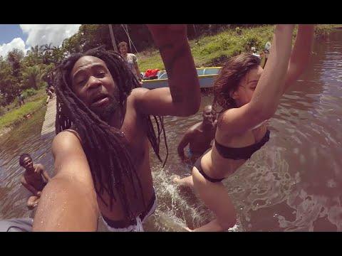 Salma in Suriname - Sranan Gowtu