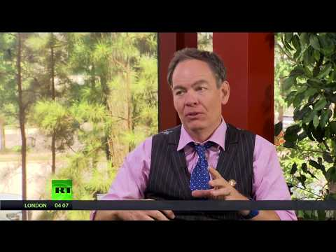 Keiser Report: IMF & Co fed on Greece's corpse (E1276)