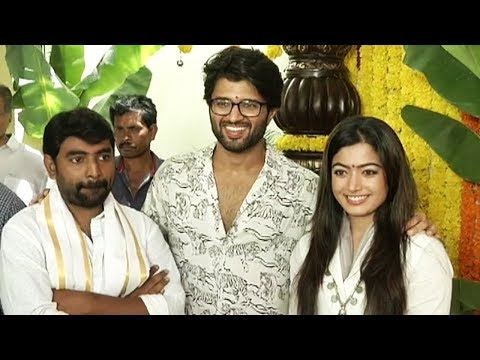 Dear Comrade Movie Opening Video | Vijay Devarakonda | Rashmika | Manastars