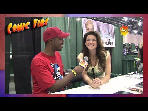 Julia Benson  Comic Vibe  Philadelphia Comic Con 2011
