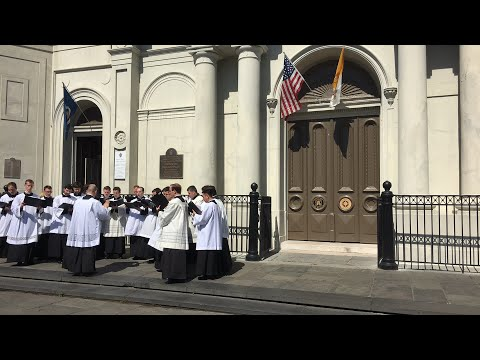 Live: Outside Tom Benson's funeral at St Louis Cathedral in New Orleans