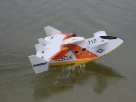 Experimental RC Flying Boat Water Taxi Test (IdroJeep ...