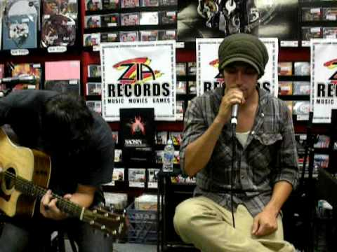 Saosin live playing You're not alone acoustic Zia