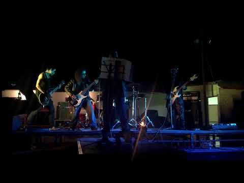 (Kalaka Inri) Thirteen Autumns And A Window live at peralillo Chasconfest 21-10-2017