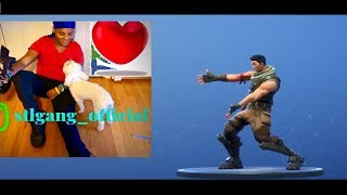 FORTNITE WITH THE REAL BIZZY 809 FROM YOUTUBE!