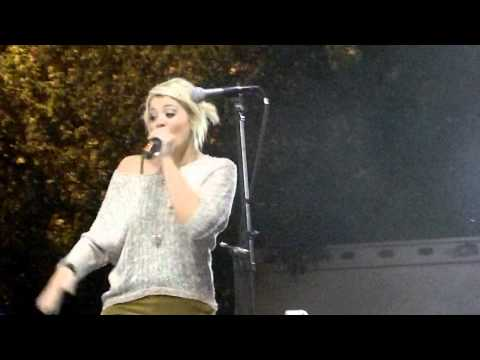 Lauren Alaina  Eighteen Inches