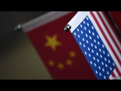 美國團隊攜大殺器預亮劍、中國高層手裡無牌苦苦捱(《財經全觀察》第45期)