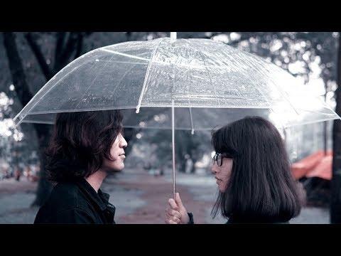 Syndromeda - Ketika Hujan ( Official Music Video )