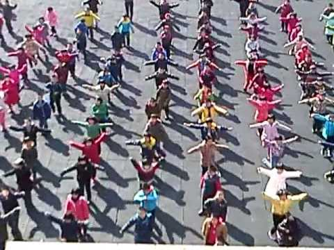 Northeast Yucai School - Shenyang MORNING EXCERCISE.mov