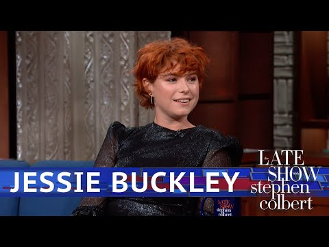 Jessie Buckley Prepared For A Role By Repeating 'Spice Girls'