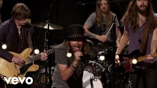 A Thousand Horses - Travelin' Man - Vevo dscvr (Live)
