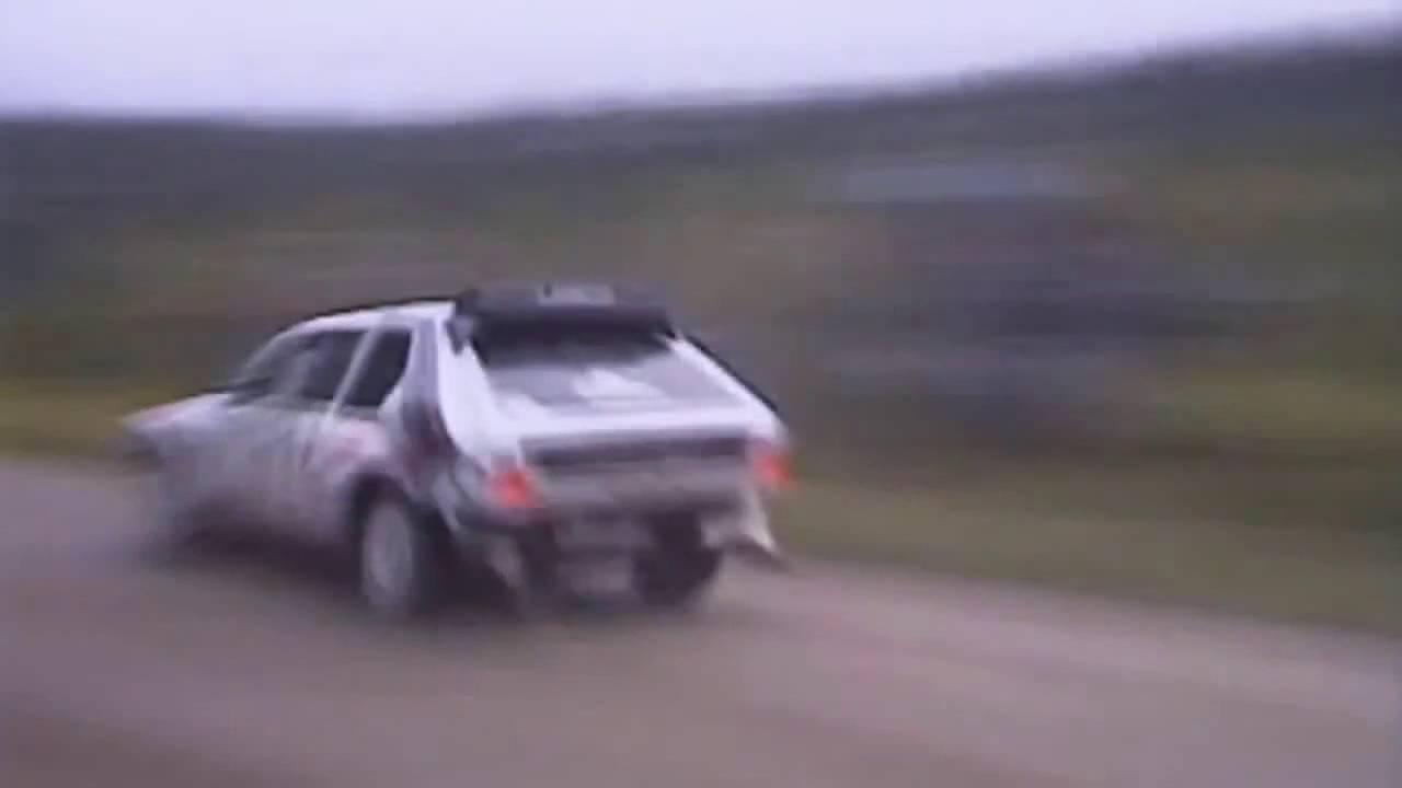 Lancia delta s4 martini gruppo b jump flat out youtube lancia delta s4 martini gruppo b jump flat out vanachro Choice Image
