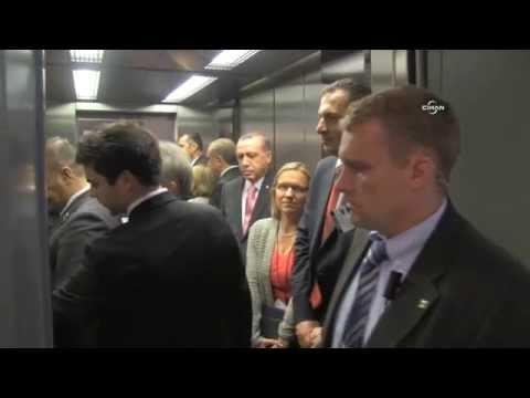 Bindiği asansör uzun süre çalışmayan Erdoğan: Birisi insin ya!