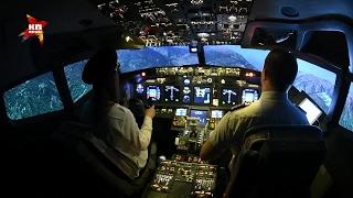 Полет в авиатренажере Боинга 737 в Афимолл Сити