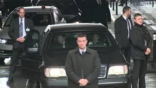 В автомобиле очень богатого человека , камеди пародия