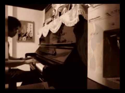Shi Shang Zhi You Mama Hao / 世上只有妈妈好 Piano by : PianoEdw