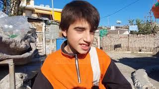 Isaleo u shpëtua nga dhembshuria/ Vlorë,12 vite më parë nëna e braktisi, e rriti familja rome